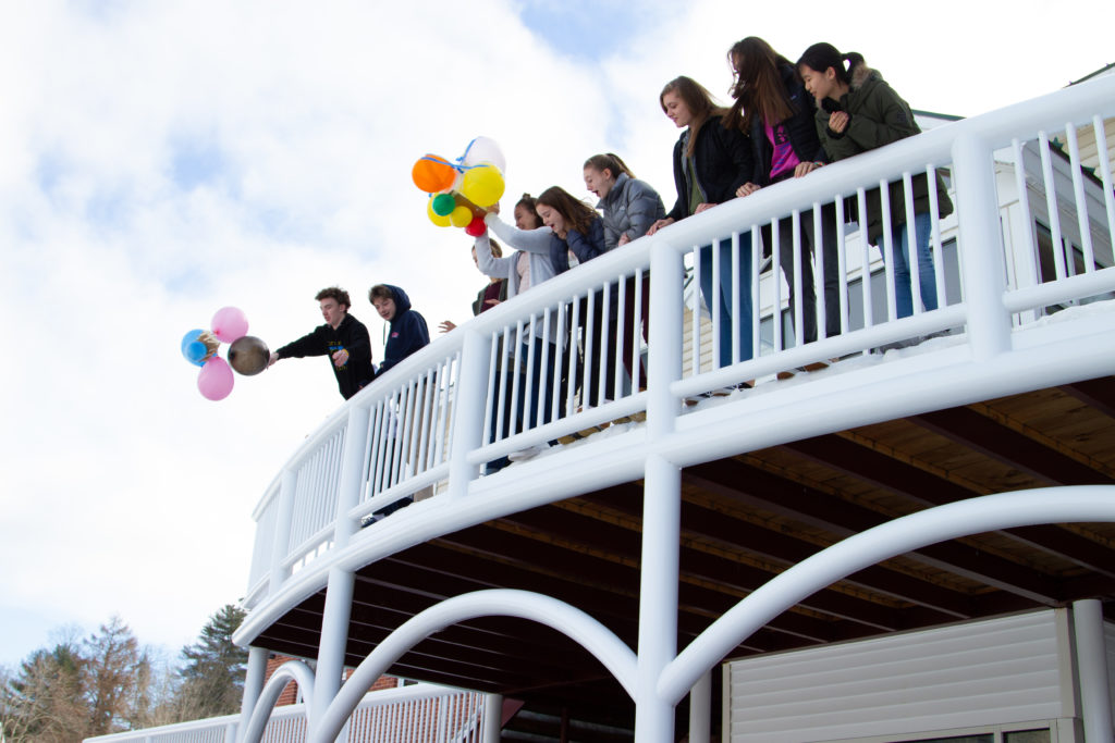 Physics students participate in the New Hampton Egg-Drop Experiment