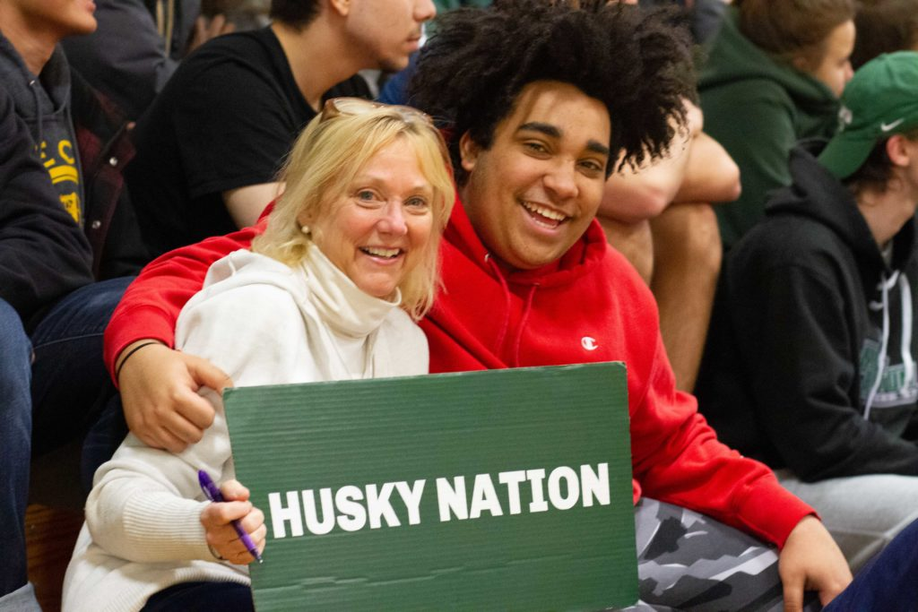 Husky Nation Tulio and Peg Frame